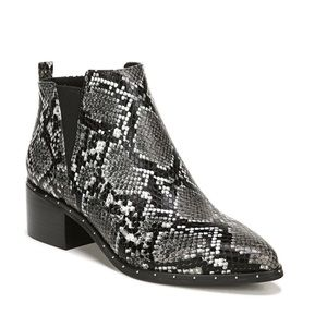 Bar lll Gabby Ankle Booties Snake Print